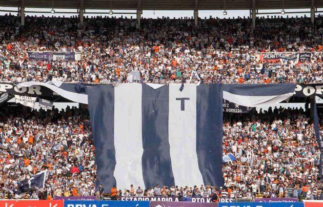 Los hinchas de Talleres sueñan con el ascenso.