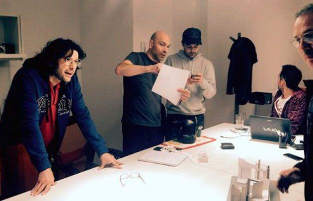 Ergün Demir, Freddy Villarreal y Pedro Alfonso durante un ensayo.