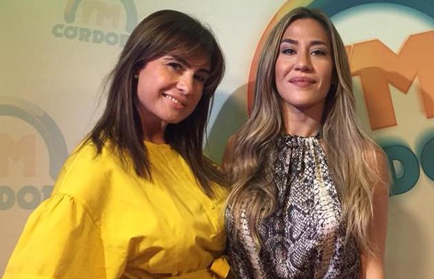 Gaby Tessio y Jimena Barón en el estudio de <b>FM Córdoba</b>.