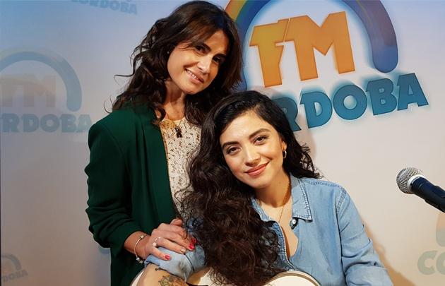 Mon Laferte y Gaby Tessio en el Espacio Acústico de FM Córdoba.