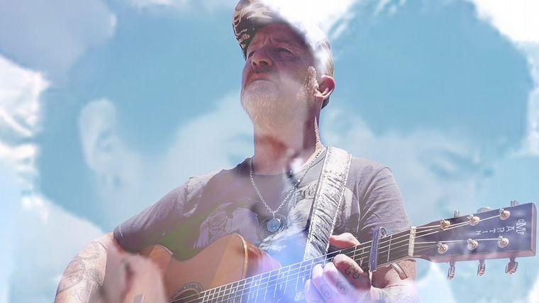Imagen del videoclip oficial de la canción.