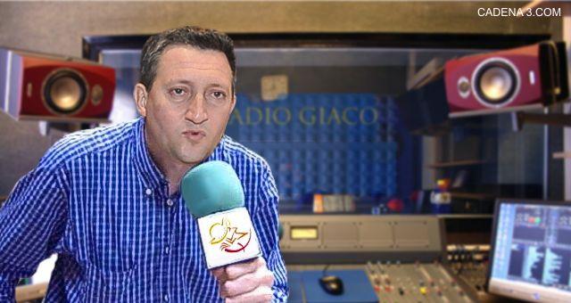 Radio Ciudad, por Marcos Ontivero. (Fotomontaje CADENA 3.COM)