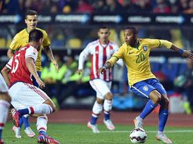 Brasil 1 (3) - Paraguay 1 (4) (Definición por penales)