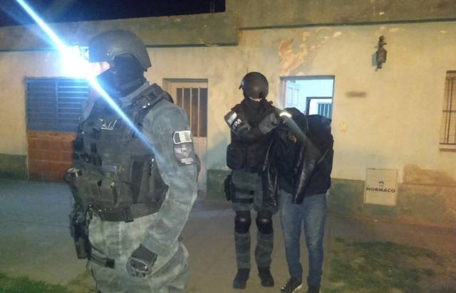 FOTO: Cayó una banda narco que usaba a menores para vender drogas