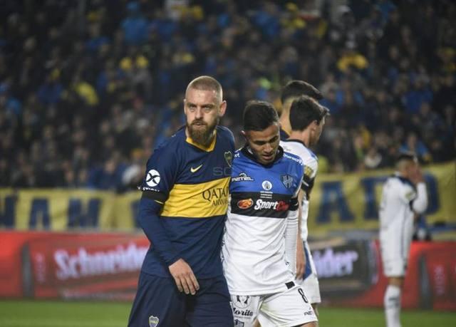FOTO: Batacazo: en el debut de De Rossi, Almagro eliminó a Boca