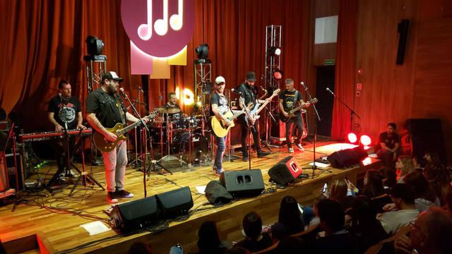 FOTO: La Beriso hizo vibrar a puro rock a Casa Naranja