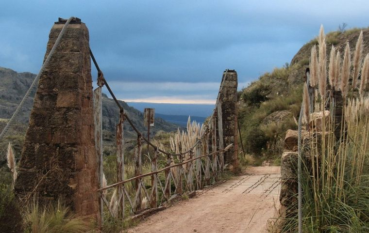 VIDEO: Puentes Colgantes - Copina