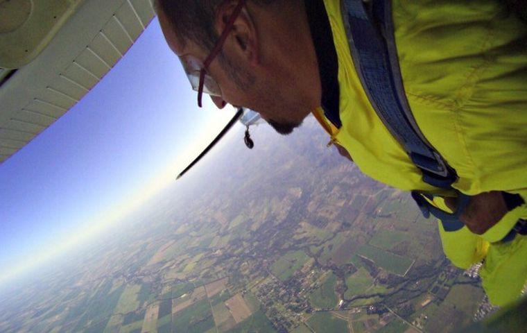 FOTO: Paracaidismo Alta Gracia
