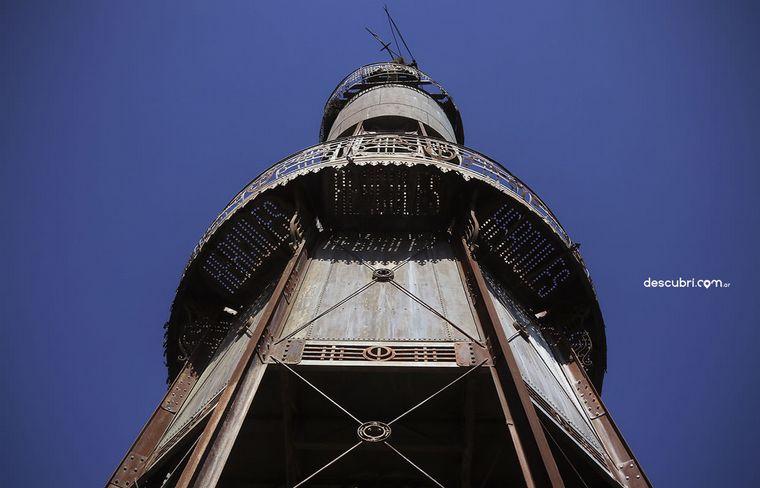 FOTO: Molino de Eiffel y Thea