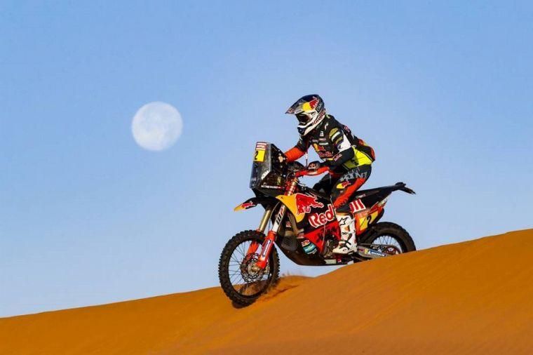 FOTO: Las dunas, el helicóptero y Kevin Benavides para ganar el día