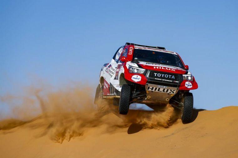 FOTO: Nasser Al Attiyah no pudo atrapar a Sainz, se queja de falta de velocidad