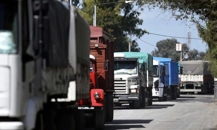VIDEO: Transportistas necesitarán DDJJ para ingresar a Córdoba.