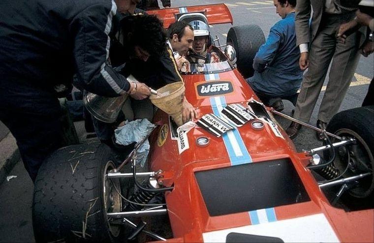 FOTO: Frank Williams con Brian Redman en el De Tomaso 505-Cosworth de 1970