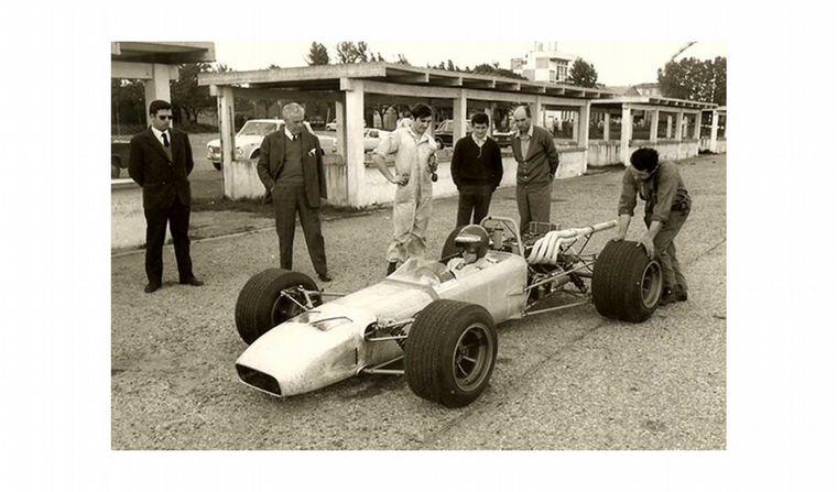 """FOTO: Dallara diseñó el """"103"""", un F2 que fue el auto laboratorio para regresar a la F1"""