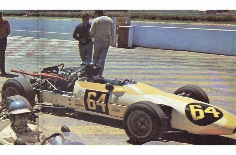 FOTO: El año ''69 será el último de Reutemann corriendo en Argentina