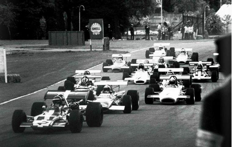 FOTO: Crystal Palace -GB-, la reina en el circuito, Fila 1 con Jackie Stewart y Cevert