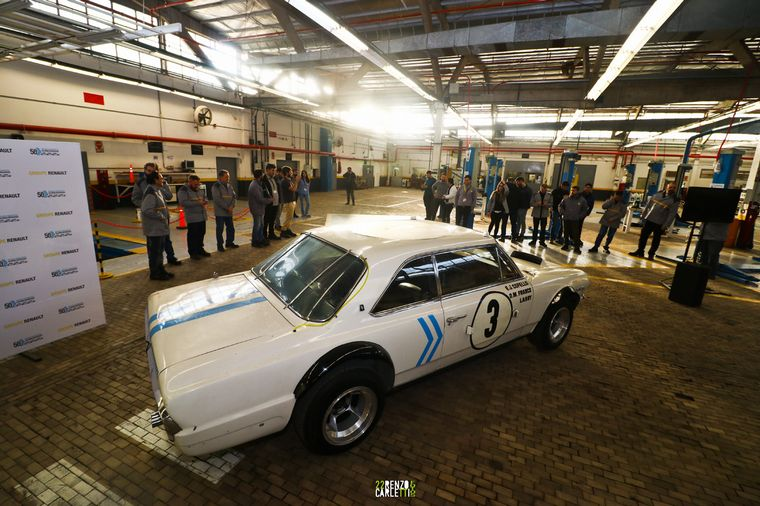 """FOTO: Recuerdo 2019. Los """"Héroes de las 84 Horas de Nurburgring"""" en Alta Gracia."""