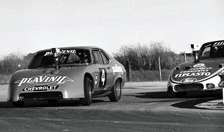 FOTO: Traverso con el Ford Nº2, quién debía ganar y no pudo.