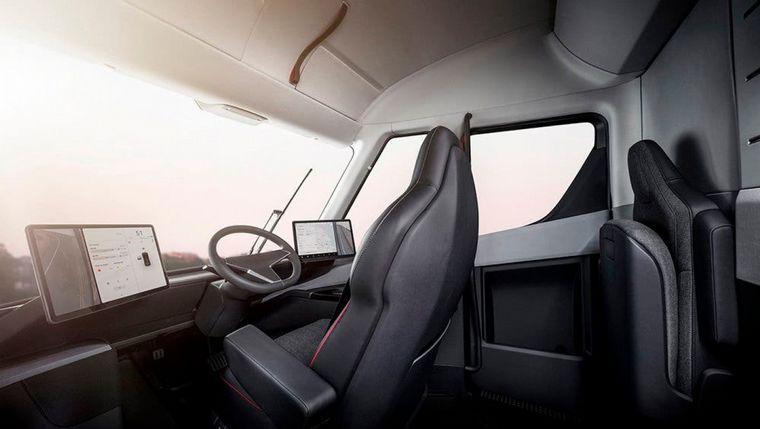 FOTO: Un Tesla Semi es captado al regreso de una prueba en Alaska