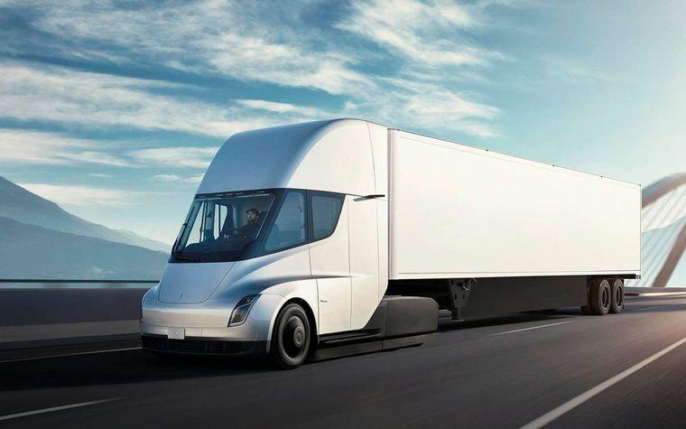 FOTO: El camión eléctrico de Tesla ha despertado gran interés