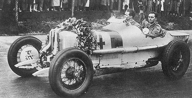 FOTO: En 1926, Caracciola gana el GP de Alemania en Avus frente a 230 mil personas