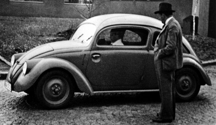 FOTO: El AU y el Mercedes: Caracciola venció a Rosemeyer por 7/10 de segundo en 1937