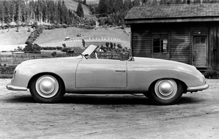 """FOTO: """"Construir un auto deportivo que, a mí mismo, me gustaría"""", decía Ferry"""
