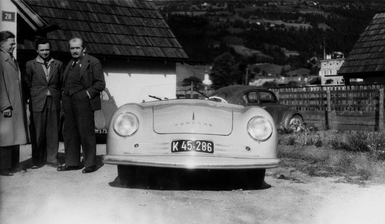 """FOTO: Con la base del """"auto del pueblo"""", Ferry hizo un deportivo de clase"""