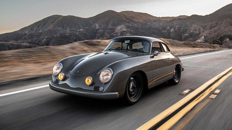 FOTO: El hijo de Porsche convirtió el nombre del genio en una marca