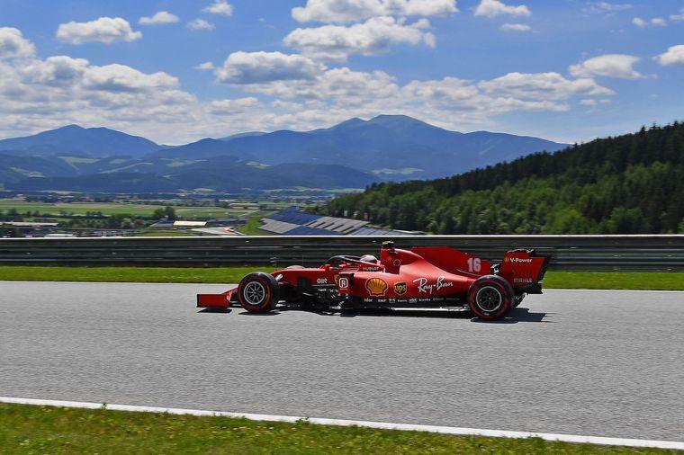 FOTO: La única oposición posible para los Mercedes, podría venir de Verstappen -Red Bull-
