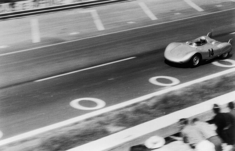 FOTO: Edgar Barth ganó en Nürburgring con el Porsche de F2