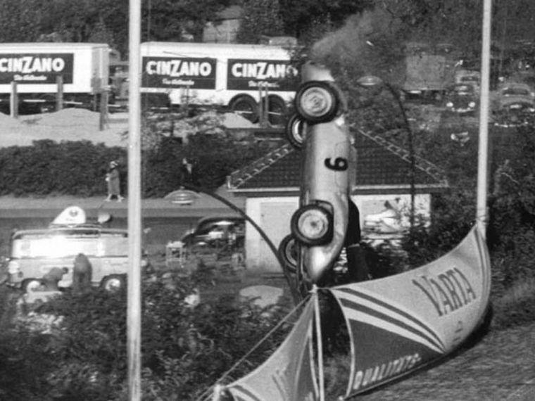 FOTO: Impresionante secuencia del accidente de Von Frankenberger en Avus, 1956