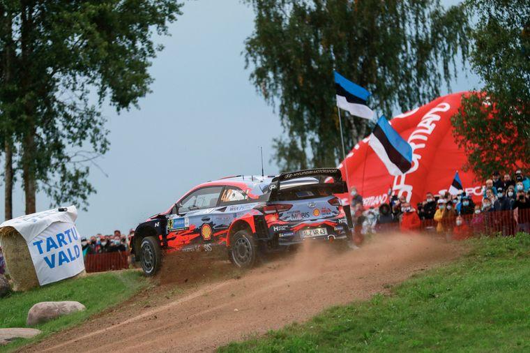 FOTO: Tänak con un ritmo imposible de seguir en Estonia.