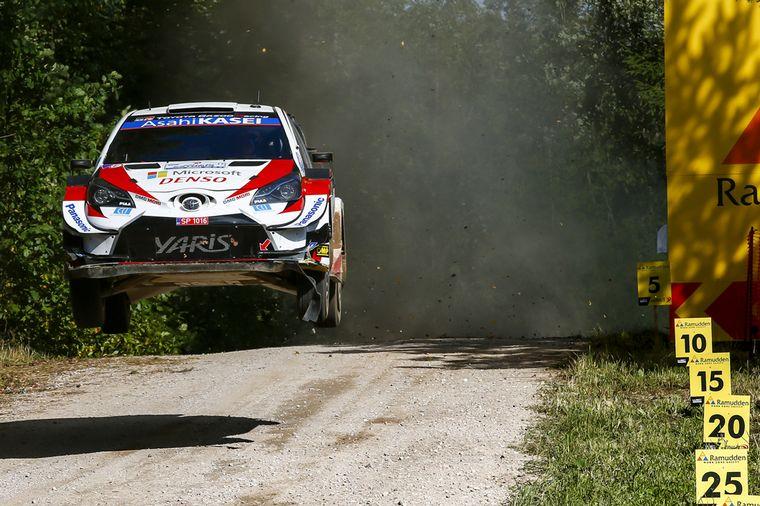 FOTO: Soberbia tarea de Craig Breen, segundo con Hyundai.