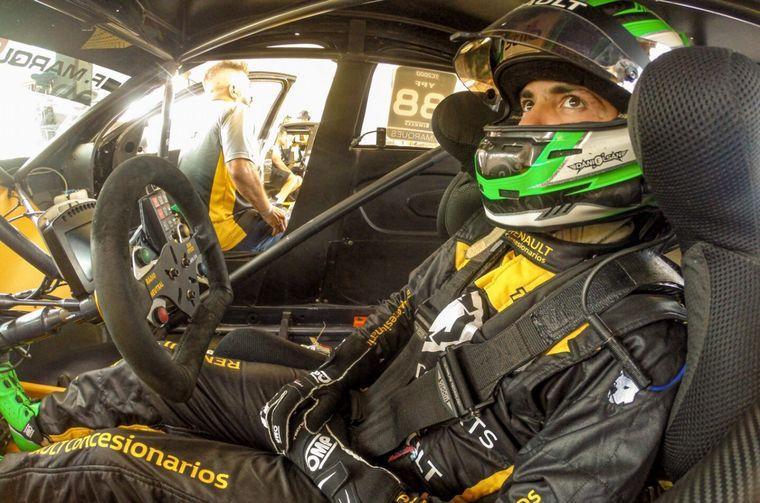 FOTO: Con el Fluence de Ambrogio, Marques hizo la mejor vuelta del TC2000