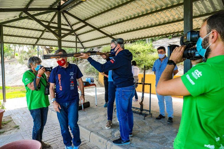 FOTO: Brabec, ganador en 2021, entre los olivares andaluces