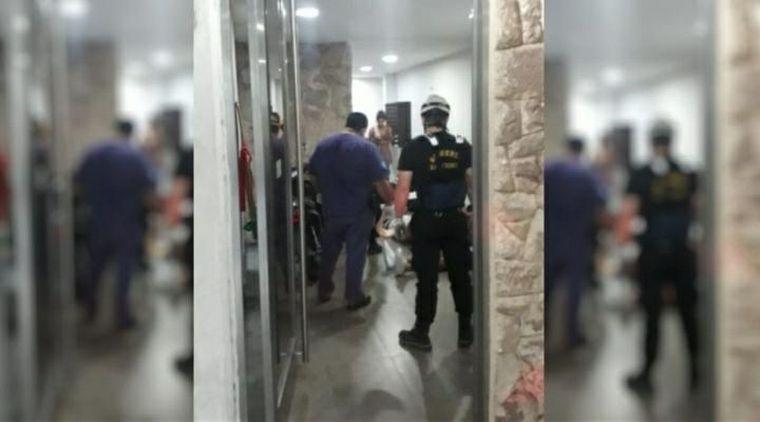 AUDIO: Cinco heridos al caer un ascensor en Rosario