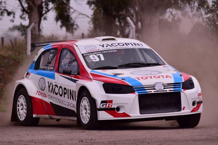 FOTO: Mario Baldo con el DS3 Maxi Rally, no quiere bajarse de los podios.