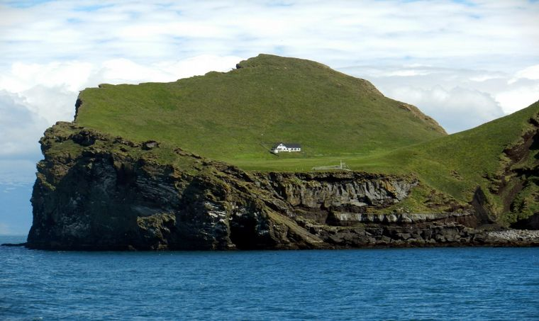 FOTO: La casa más solitaria del mundo en Elliðaey