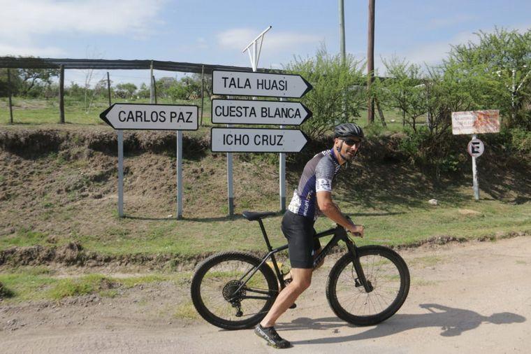 FOTO: Cabalango en bicicleta