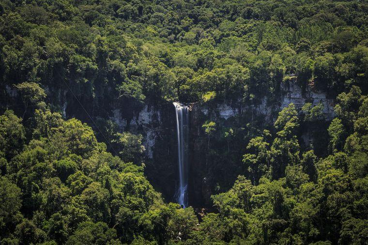 FOTO: Un salto de más de 60 metros a 200 km de Cataratas de Iguazú