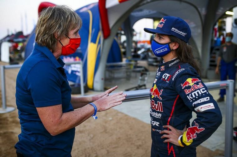 FOTO: La española Gutiérrez, tras ganar su etapa el lunes
