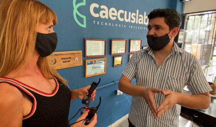AUDIO: Desarrollan anteojos inteligentes para no videntes