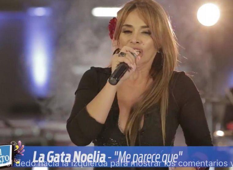"""FOTO: """"La Gata"""" Noelia, presente en el Día del Cuarteto."""