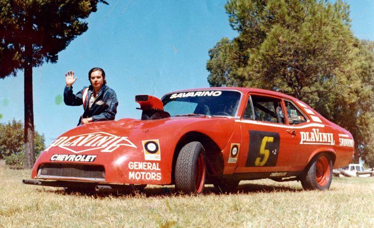 FOTO: El auto que más lo identificó -pintura de José Luis Zaccarías-