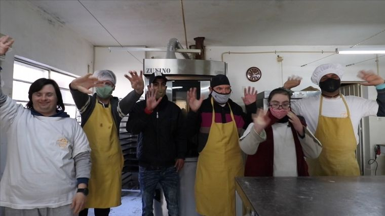 AUDIO: Una panadería que se convirtió en un espacio de encuentro