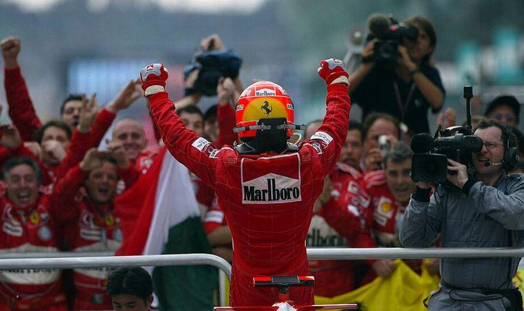 FOTO: Schumacher hizo que Ferrari resurgiera y se reconstruyera a su alrededor