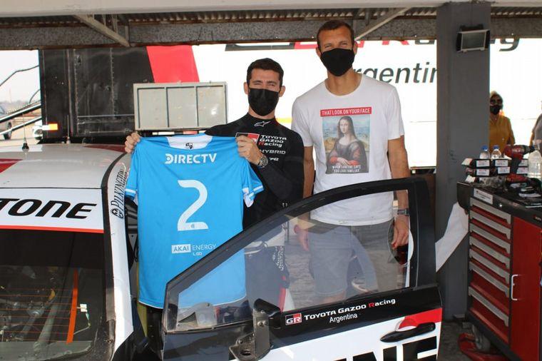 FOTO: El Corolla, Rossi, el trofeo de Le Mans y Pechito López.