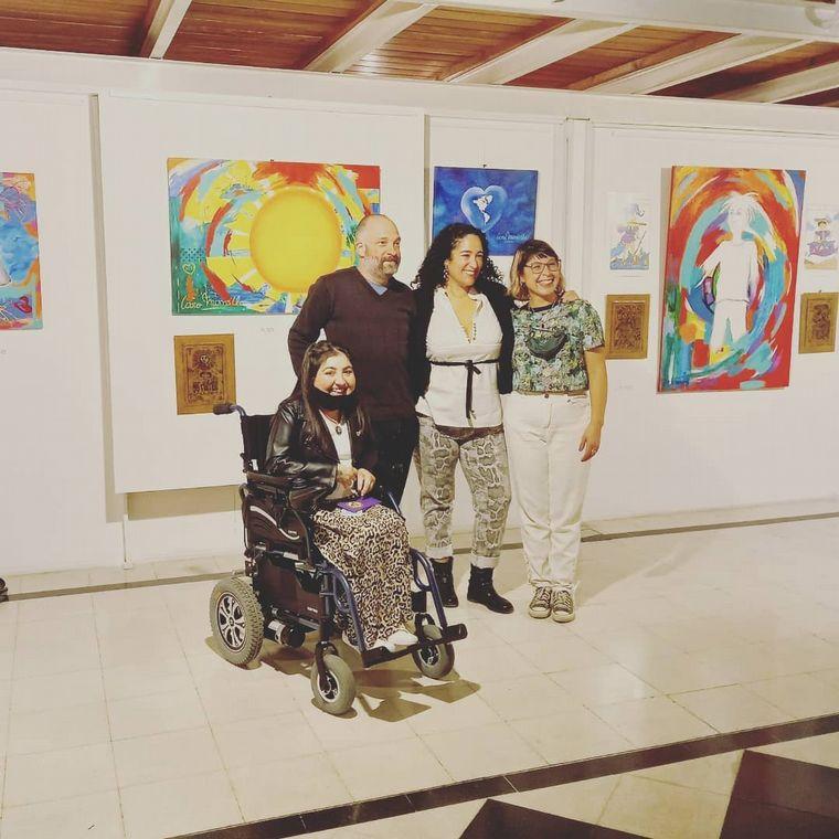 AUDIO: Eli Medina, una artista plástica que consiguió su silla de ruedas gracias a las redes