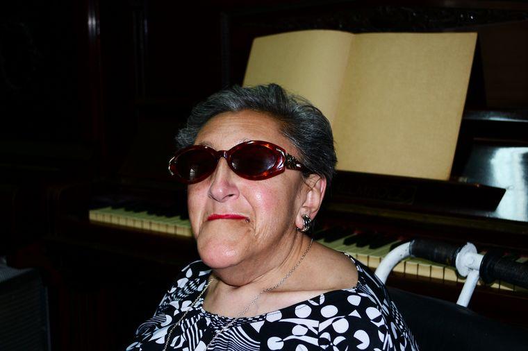 FOTO: Elvira Ceballos: mitad mujer, mitad música